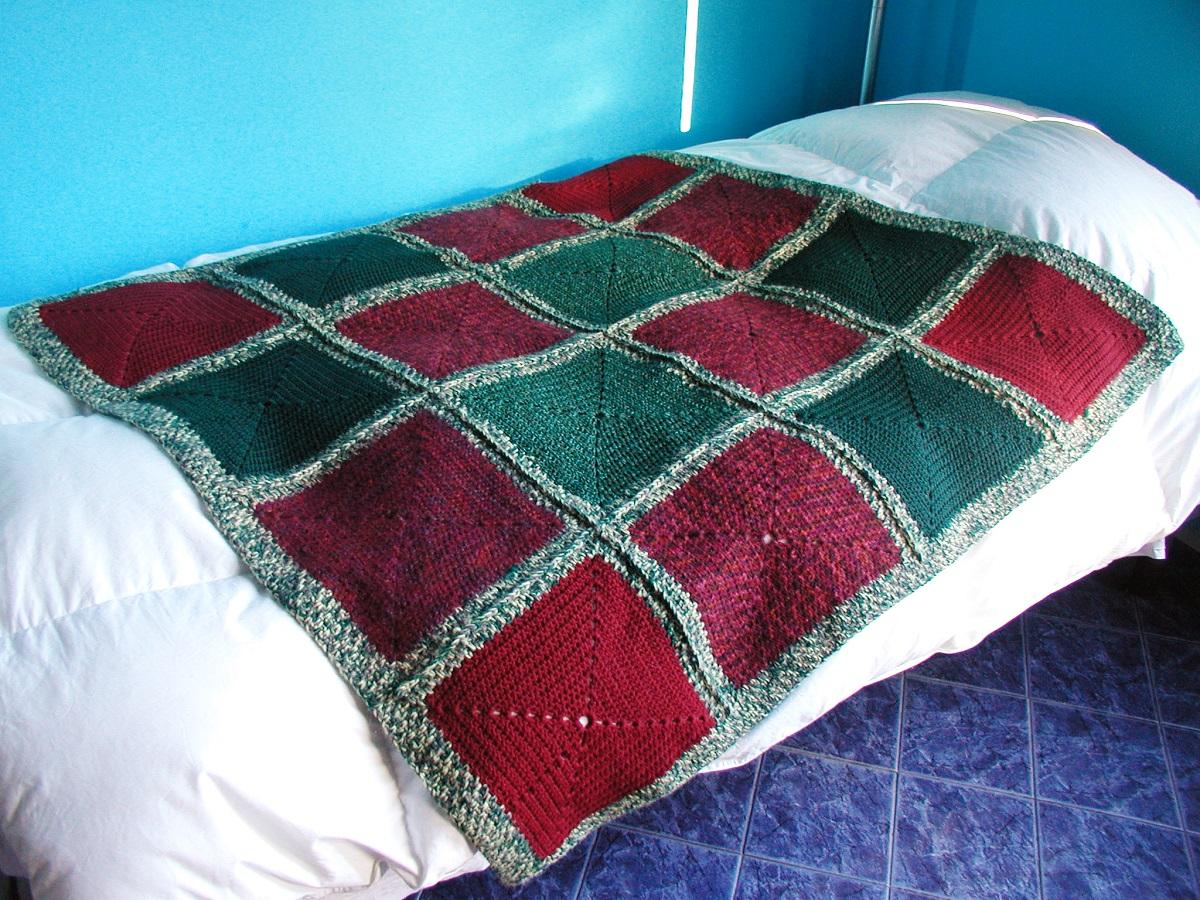"HeavyDuty Afghan Blanket in Dark Colors - Coperta arredo multicolor ""Strapazzami e Spupazzami"""