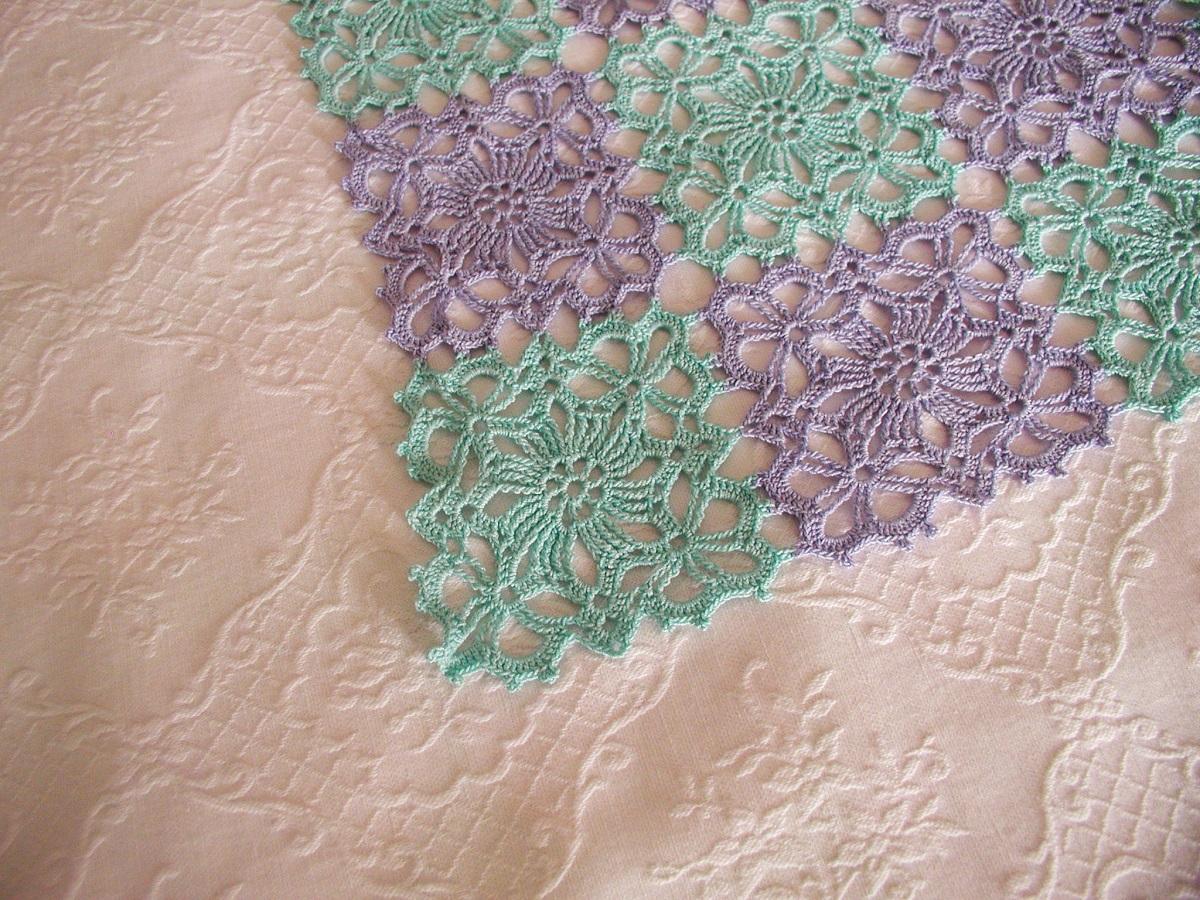 """SeaWater Lace Tablecloth - Copritavolo crochet """"Acquamarina"""""""