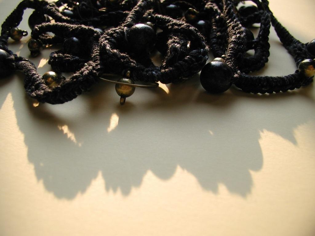 "Gothic Fancy Necklace in Black - Collana fantasia in nero ""Gotica"""