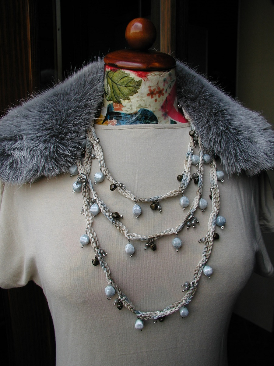 "On the Seaside, in Winter Fancy Necklace - Collana fantasia ""Sulla Spiaggia, in Inverno"""