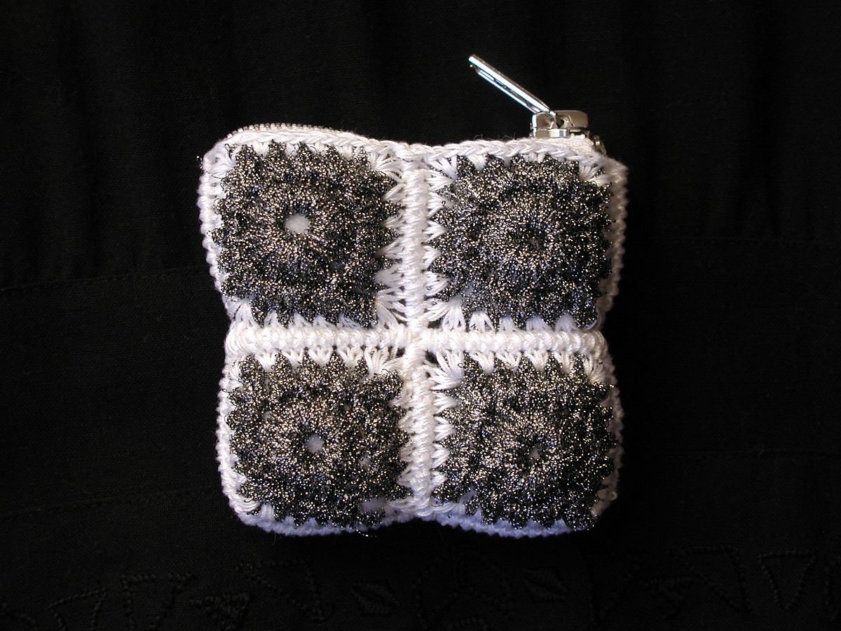 Coin pouch in Silver and B/W - Portamonete argento e B/N