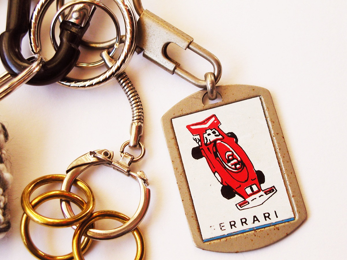 Red Ferrari Race Car Fancy Keychain - Ferrari Rossa portachiavi fantasia