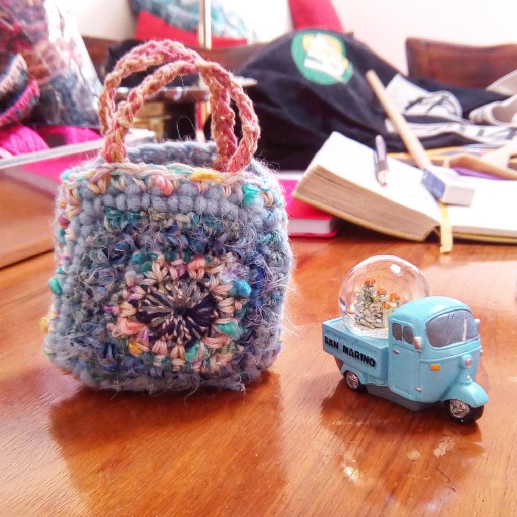 """""""Ila Mini"""" Fiber Art Gift Bag - Borsa regalo fiber art """"Ila Mini"""""""
