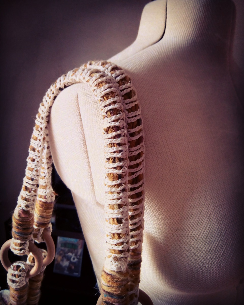 Isis Fiber Art Tote Bag - Iside borsa tote fiber art